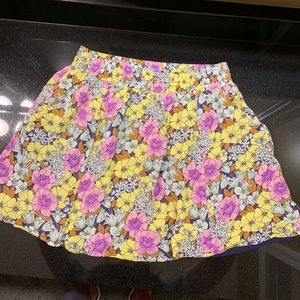 Pretty Anthropology Flowered Skirt Size 4